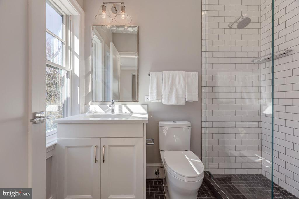 Example of typical bath with large shower - 4909 FALSTONE AVE, CHEVY CHASE