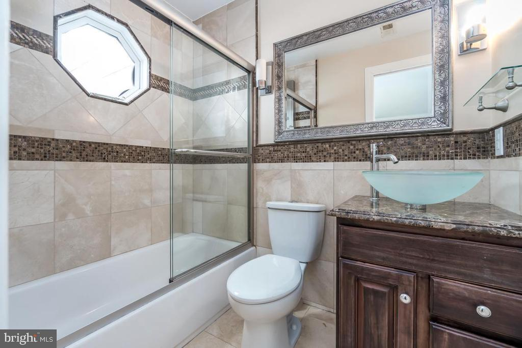Beautiful Tile and Sink in updated  Bathroom. - 10810 PERRIN CIR, SPOTSYLVANIA