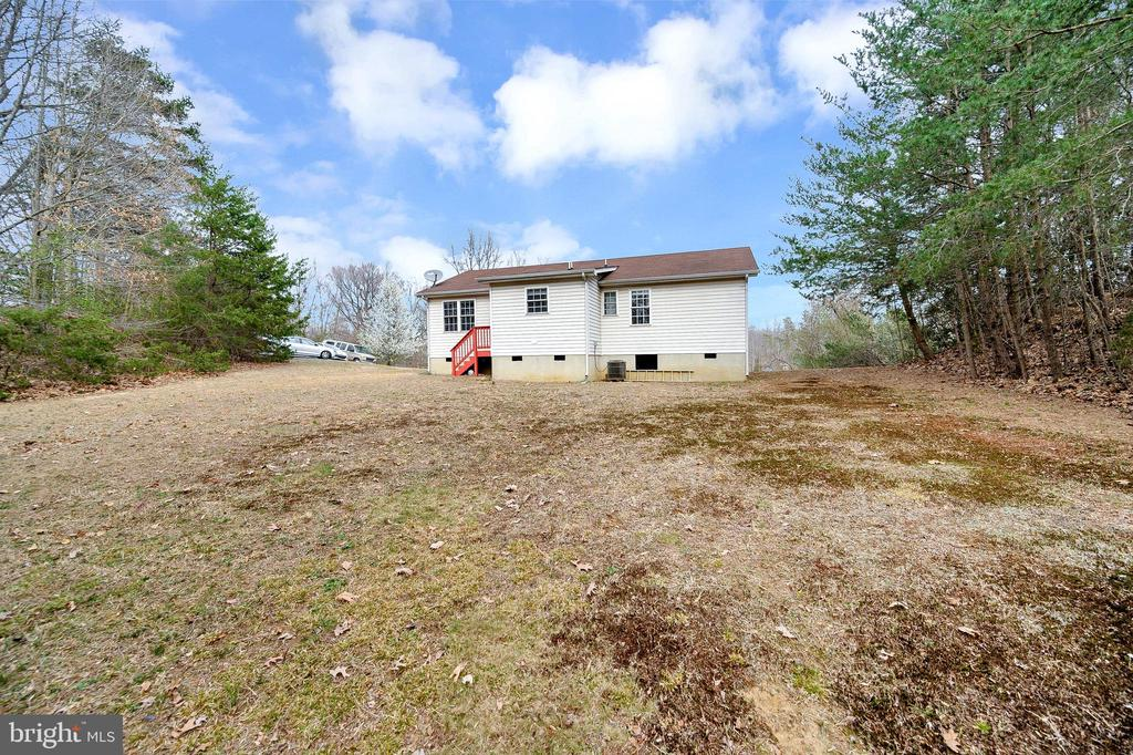 Newly Renovated Ranch/Rambler on .69 acres. - 61 LITTLE FOREST CHURCH RD, STAFFORD