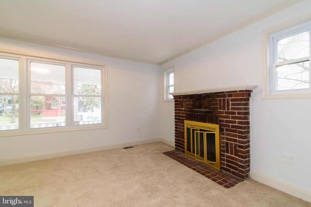 Living Room - 6212 44TH AVE, RIVERDALE