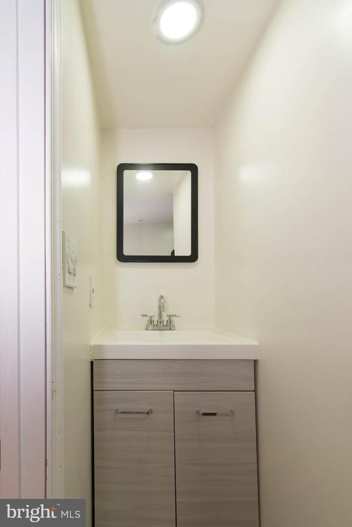 Full Bath - 6212 44TH AVE, RIVERDALE