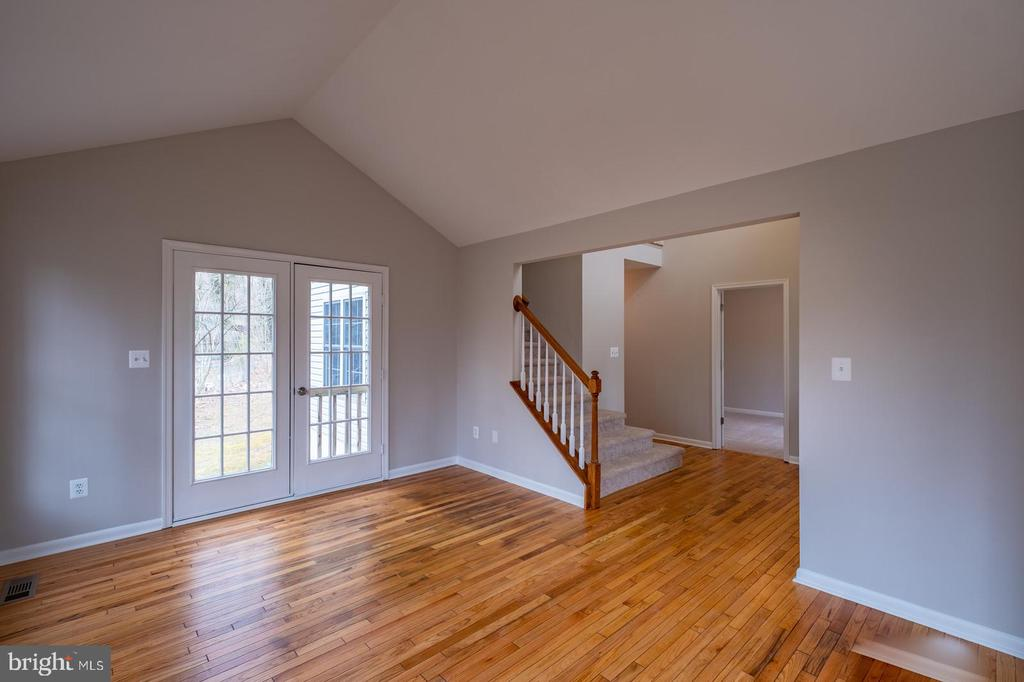 Living Room with Walk Out to Back Yard - 105 MUSKET LN, LOCUST GROVE