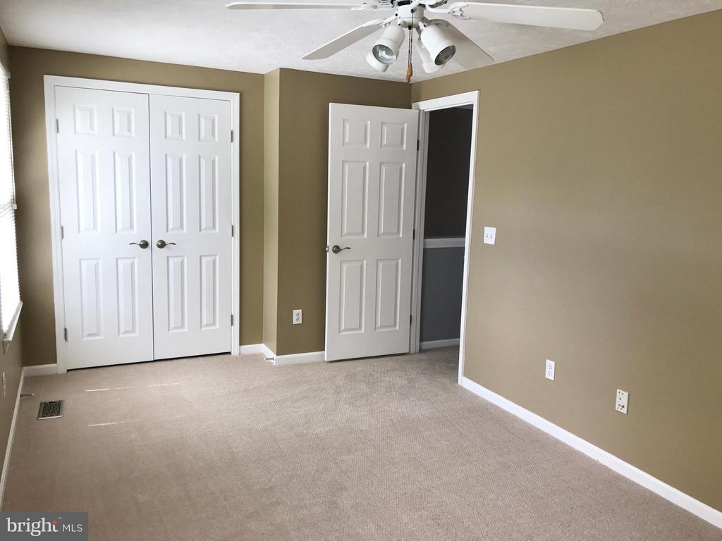Upper Bedroom 1 - 43994 CHOPTANK TER, ASHBURN