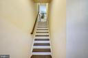 Front and back staircase - 19709 VAUGHN LANDING DR, GERMANTOWN