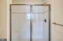Separate shower - 19709 VAUGHN LANDING DR, GERMANTOWN