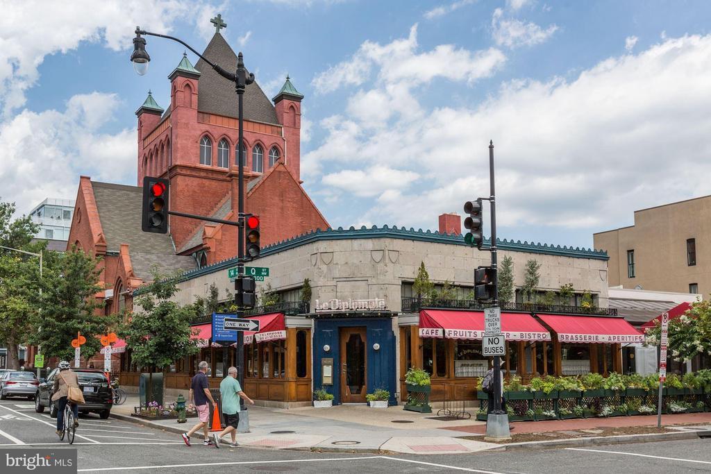 Le Diplomate Restaurant - 1634 14TH ST NW #404, WASHINGTON