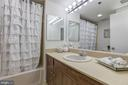 - 1401 N OAK ST #302, ARLINGTON