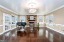 Beautiful Family Room overlooks the lake! - 10810 PERRIN CIR, SPOTSYLVANIA