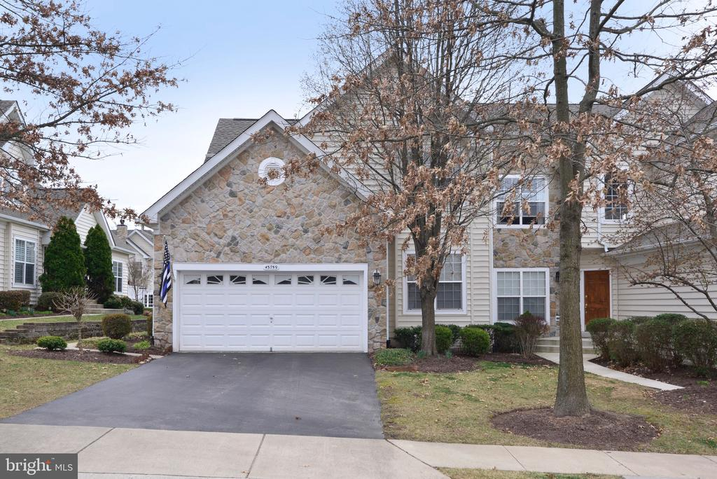 - 43759 COG HILL TER, ASHBURN