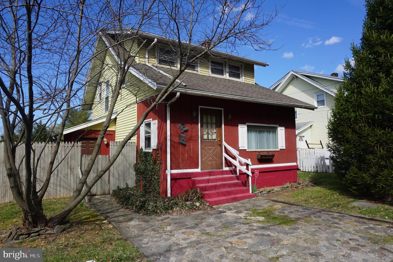 Single Family Homes για την Πώληση στο 5521 LINCOLN HWY W W Thomasville, Πενσιλβανια 17364 Ηνωμένες Πολιτείες