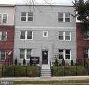 - 1830 I ST NE #3, WASHINGTON