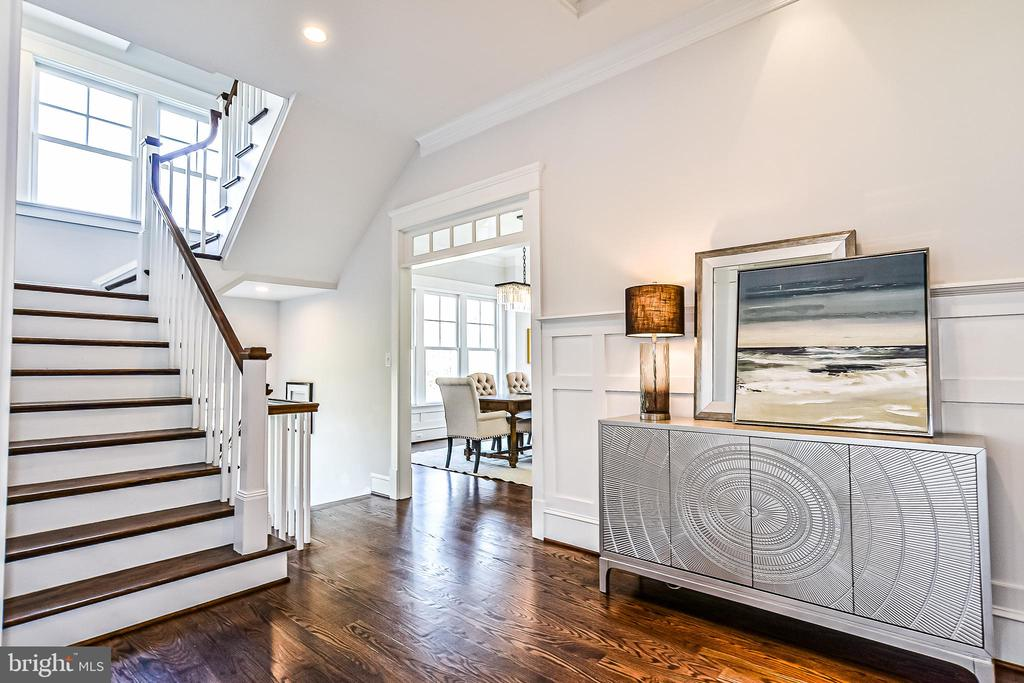 Switchback Staircase w/ White Risers & Balusters - 1867 BEULAH RD, VIENNA