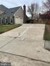 Long driveway with 2 car garage - 10 WHITTINGHAM CIR, STERLING