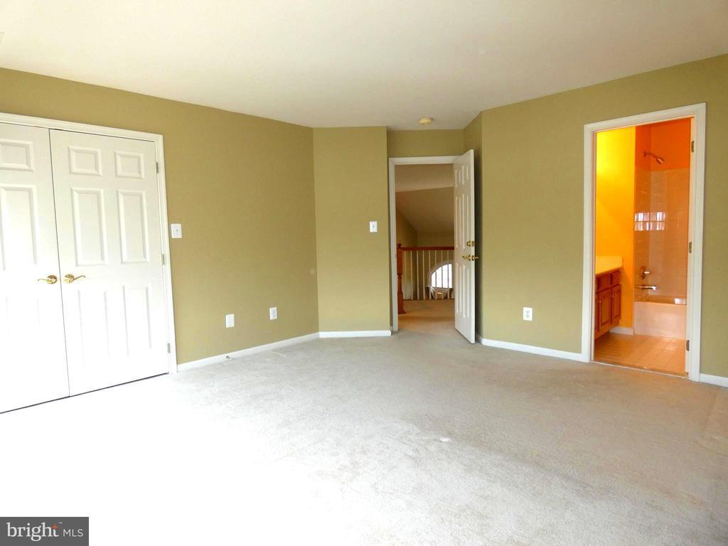 Bedroom 3 - 6431 LAKE MEADOW DR, BURKE