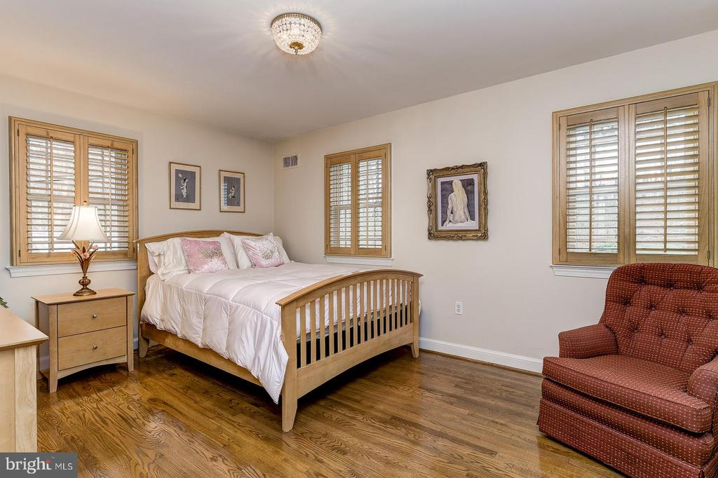Second bedroom - 7608 ARROWOOD RD, BETHESDA