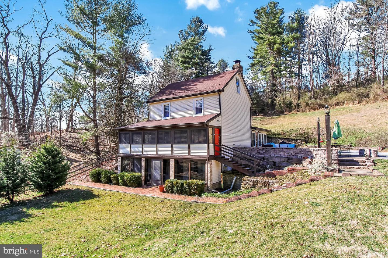Single Family Homes για την Πώληση στο Glen Rock, Πενσιλβανια 17327 Ηνωμένες Πολιτείες
