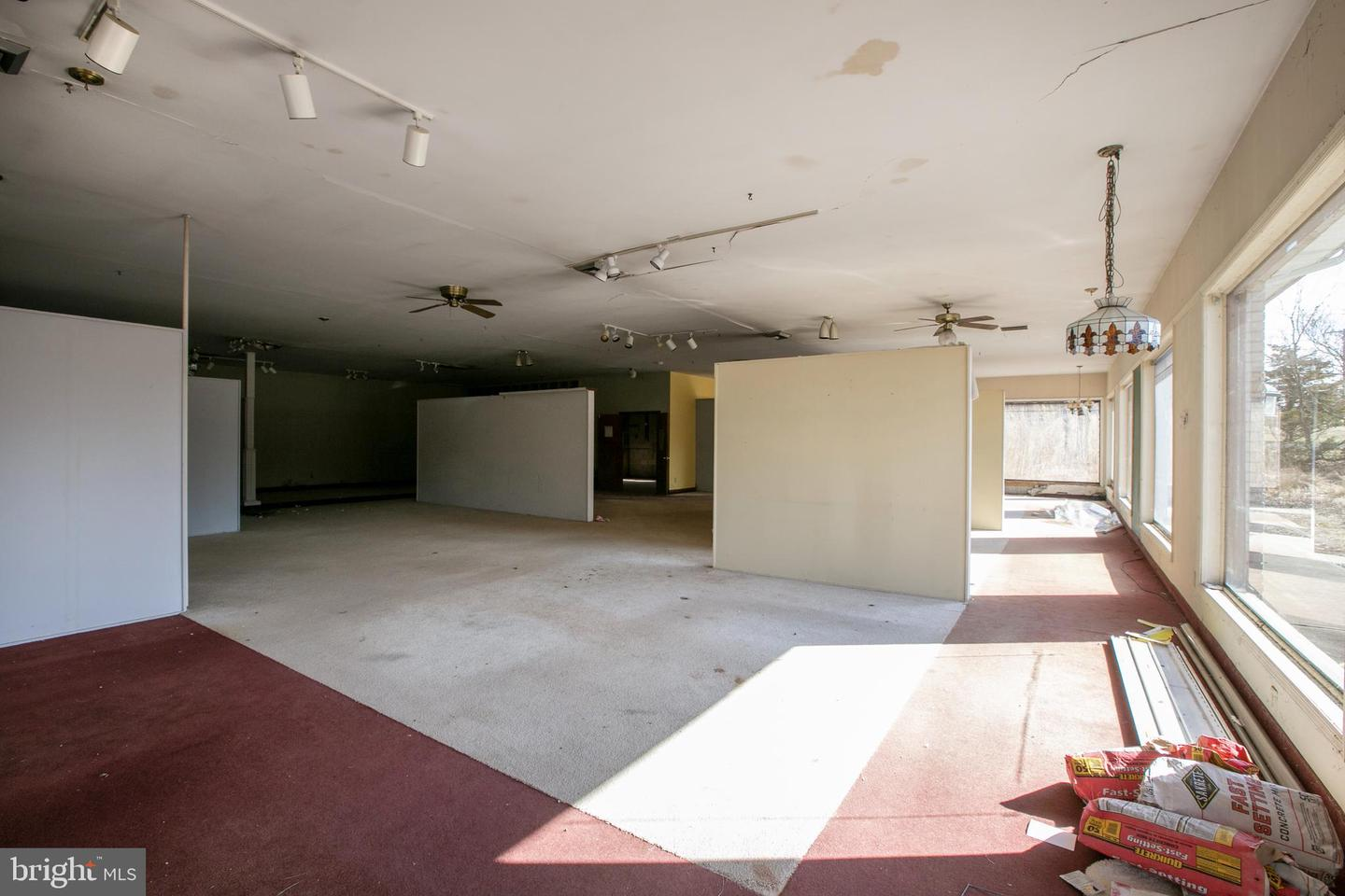 Additional photo for property listing at  Ringoes, 新泽西州 08551 美国