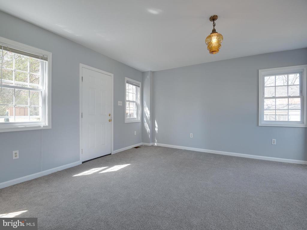 Main Level Master Room - 4812 71ST AVE, HYATTSVILLE