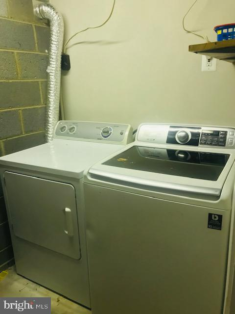 Laundry - 406 OAKRIDGE DR, STAFFORD