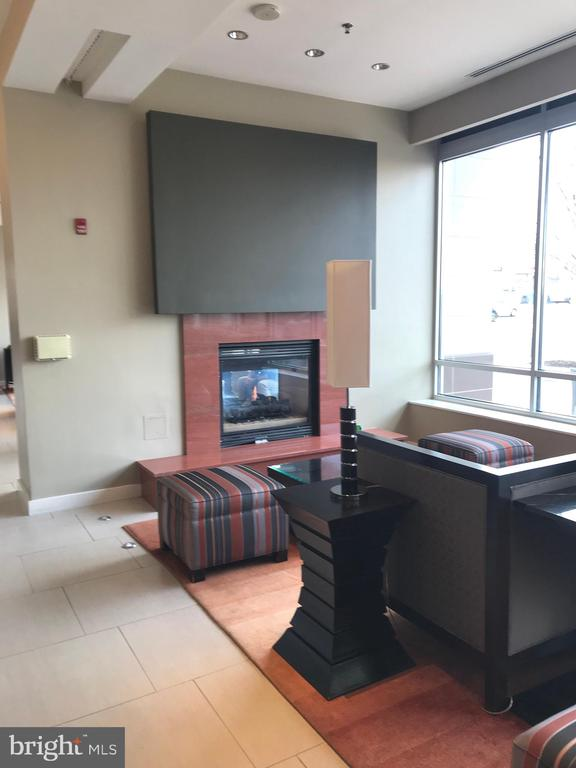 First floor common area - 5750 BOU AVE #907, ROCKVILLE
