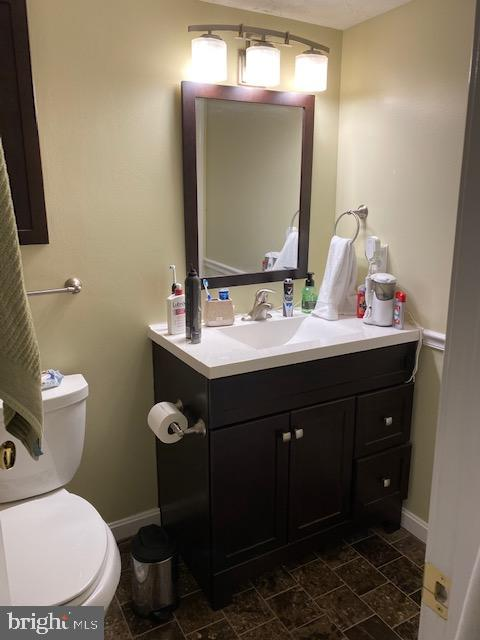 Full Bath in Bsmt for guests or au pair - 15201 HUMBOLT BAY CT, GAINESVILLE