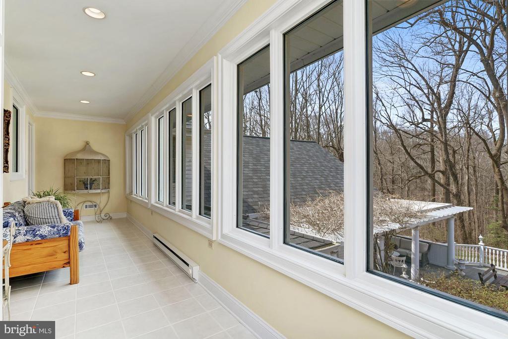 Sun Porch/ Safe Room - 12466 KONDRUP DR, FULTON