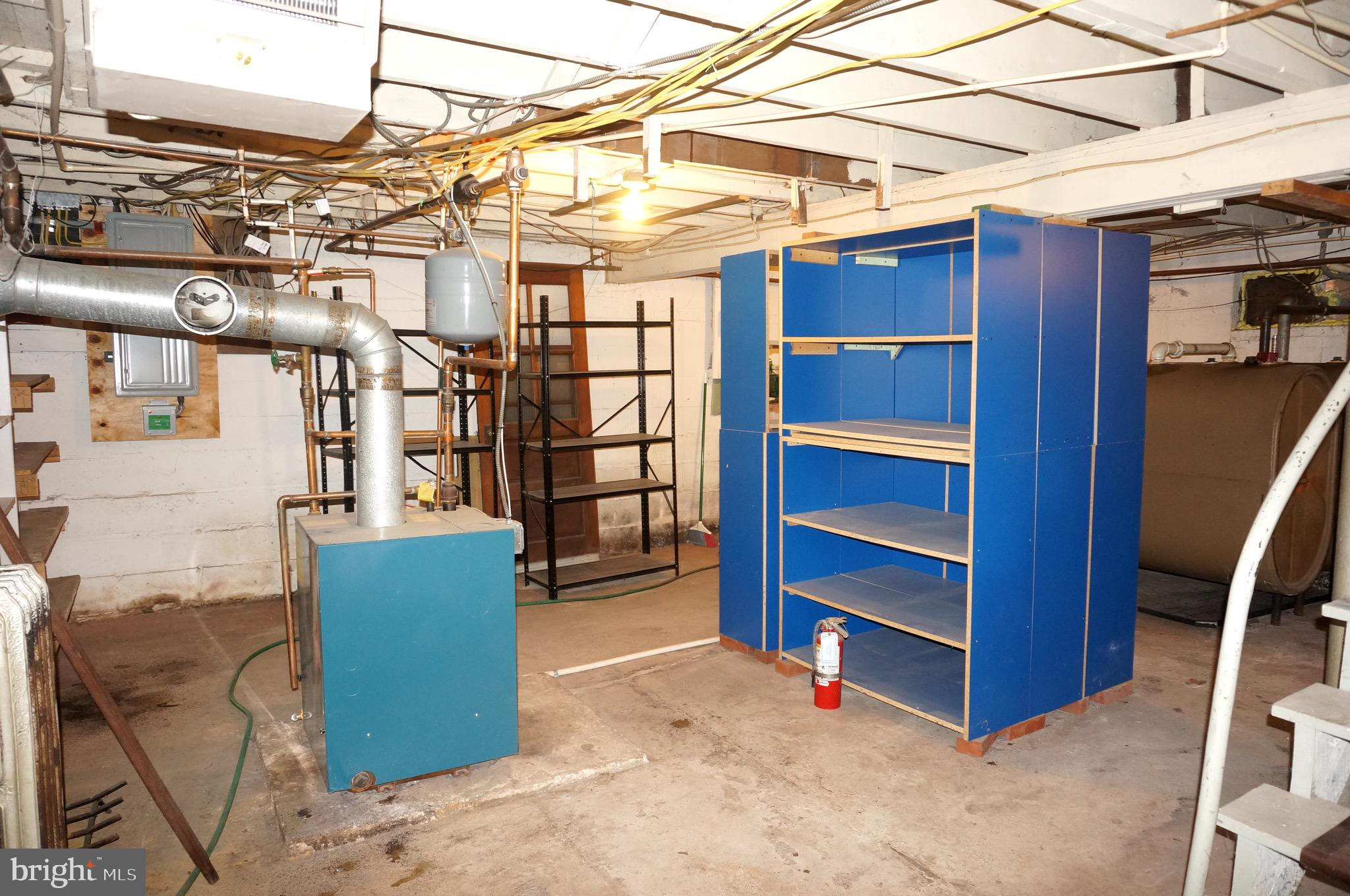 Newer Furnace and Electrical 200 Amp Service