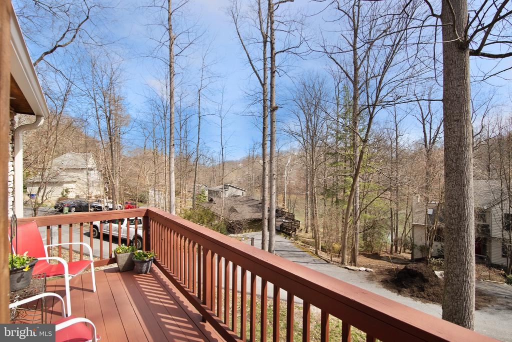 View of lake from front deck! - 6765 BALMORAL RDG, NEW MARKET