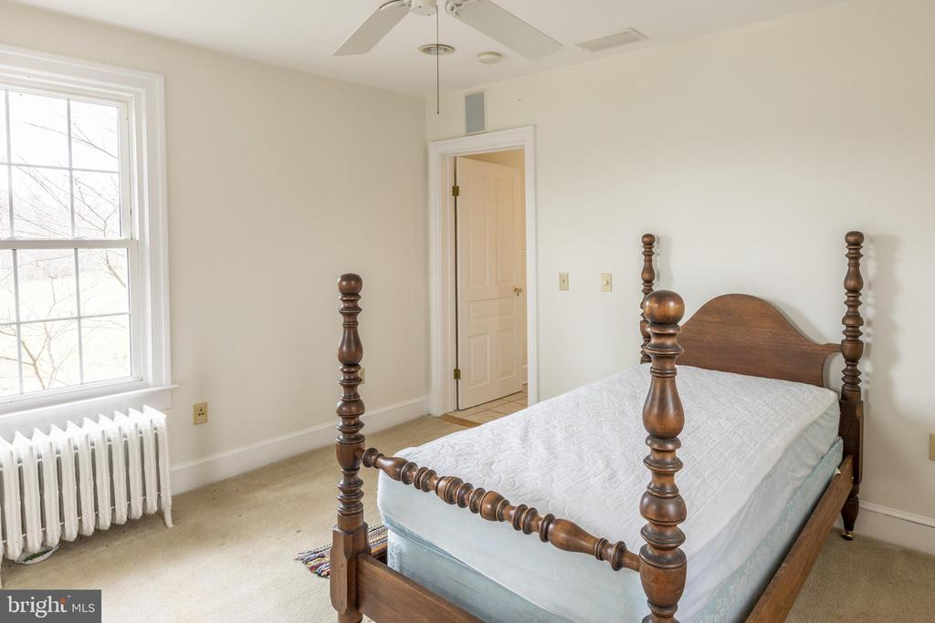 Bedroom #4 on the second for- also a nice office - 3374 TWYMANS MILL RD, ORANGE