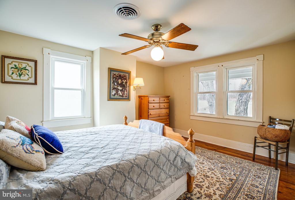 Bedroom 2 - 504 POPLAR RD, FREDERICKSBURG