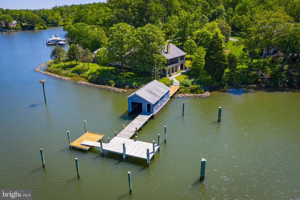 Protected waterfront will accommodate a 60 ft Boat - 3182 HARNESS CREEK RD, ANNAPOLIS