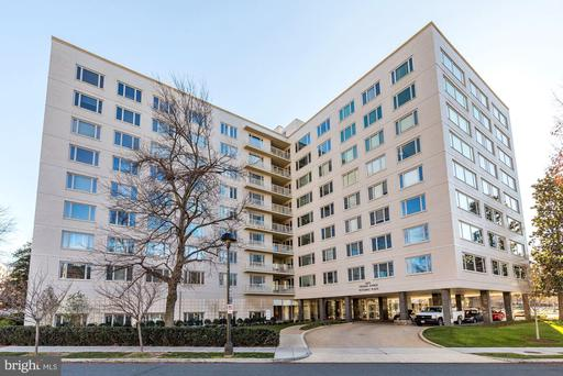 2475 VIRGINIA AVE NW #613