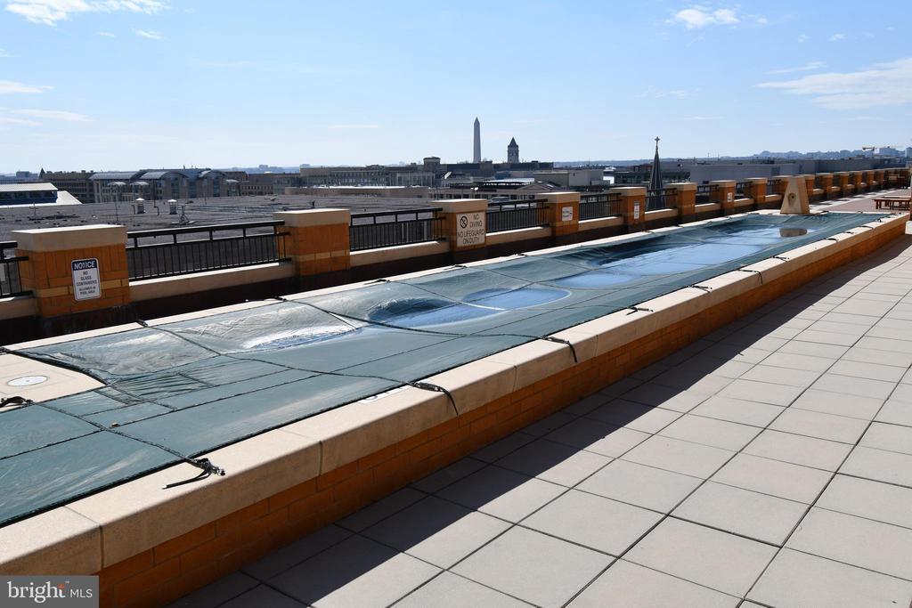 Roof Pool - 400 MASSACHUSETTS AVE NW #1007, WASHINGTON