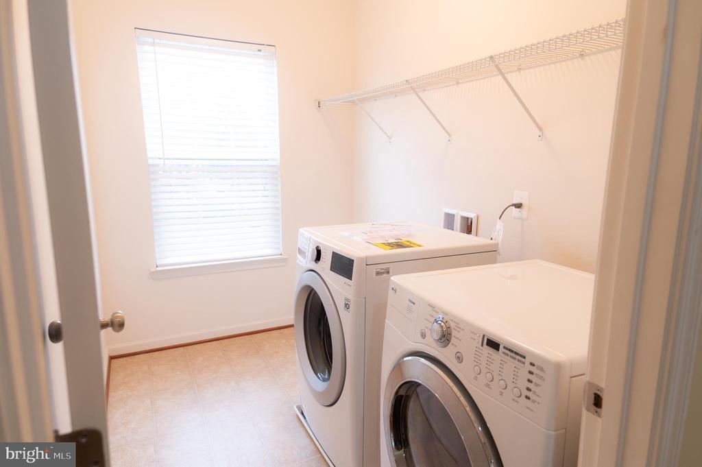 Laundry Room - 1689 WINTERWOOD CT, HERNDON