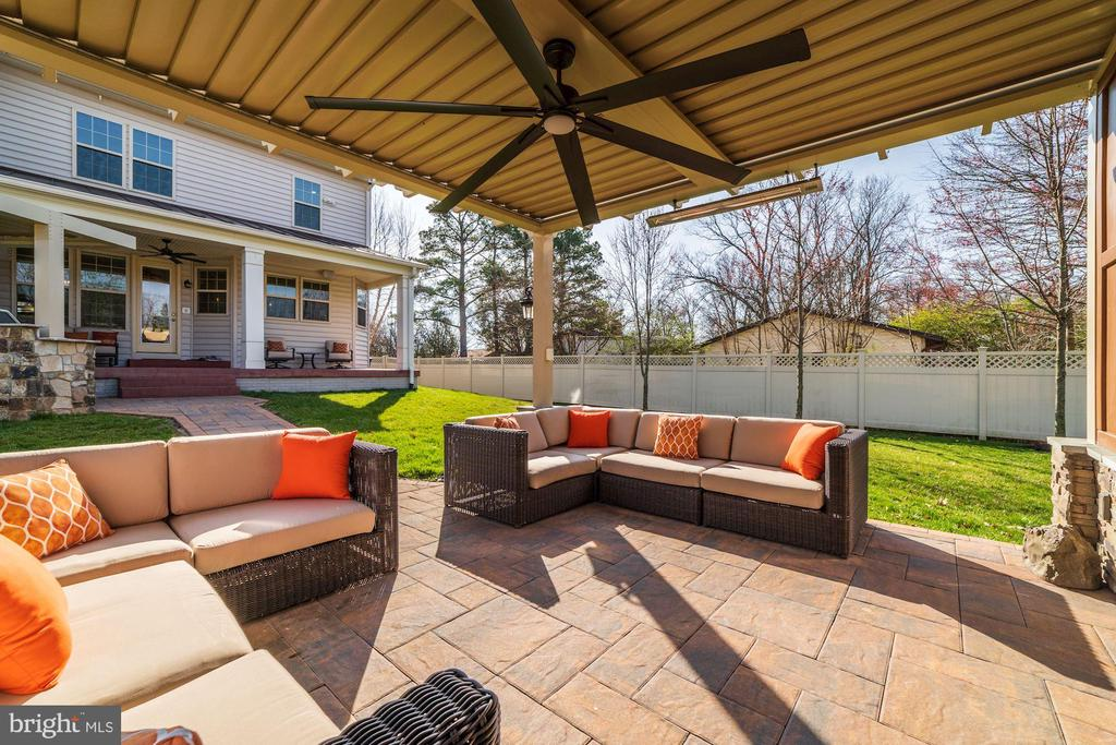 Motorized retractable roof! - 6204 BERNARD AVE, ALEXANDRIA