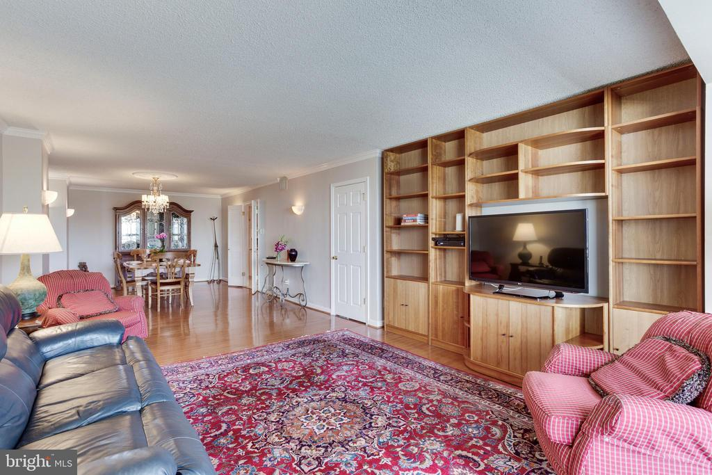 Family Room, formerly 3rd bedroom - 1800 OLD MEADOW RD #1106, MCLEAN