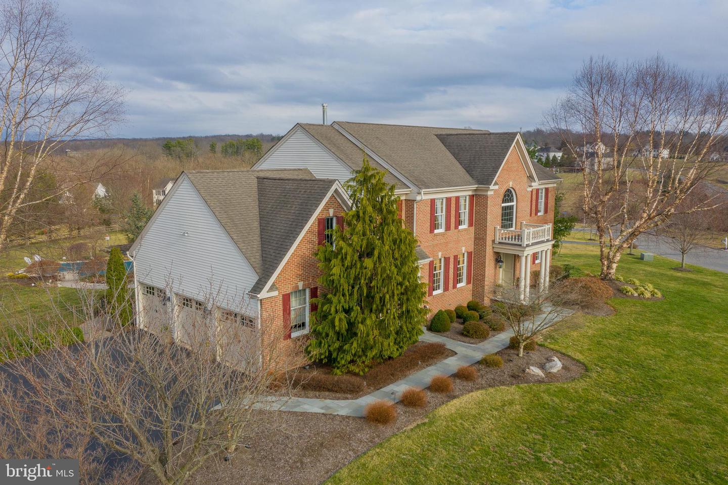 Additional photo for property listing at 16 WILLIAMSON Lane Lambertville, New Jersey 08530 United States