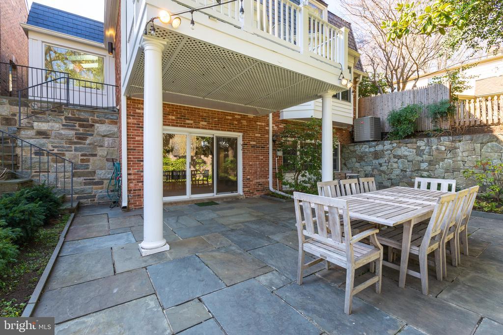 Lower level walkout patio - 4311 TORCHLIGHT CIR, BETHESDA