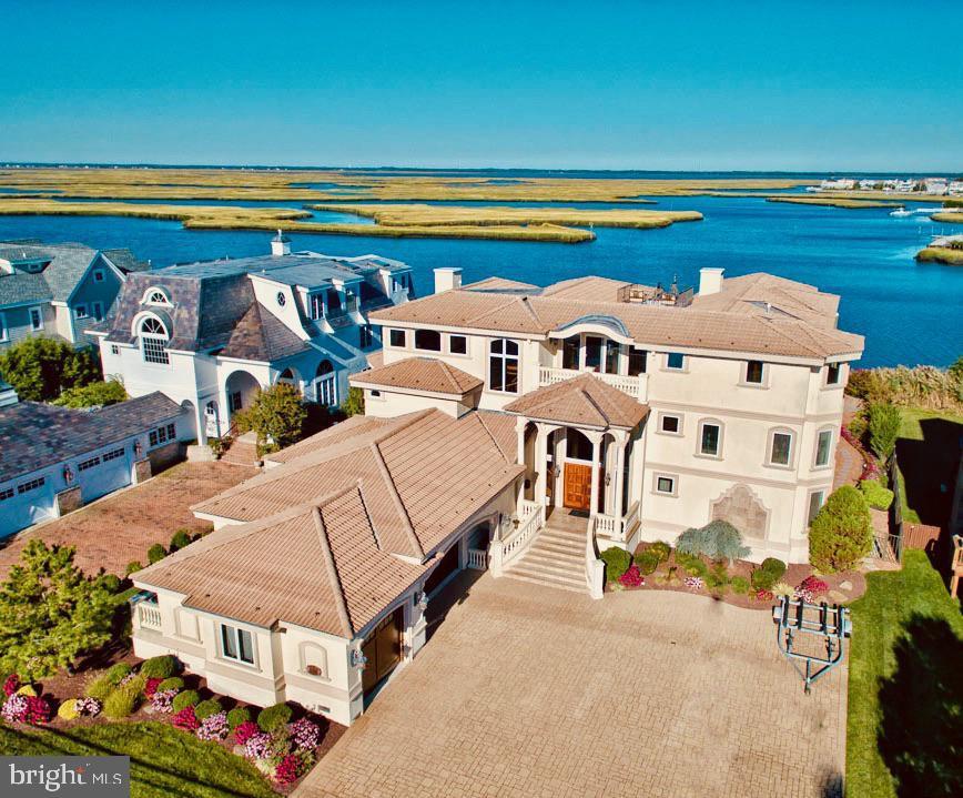 Single Family Homes por un Venta en 5024 OCEAN Drive Avalon, Nueva Jersey 08202 Estados Unidos