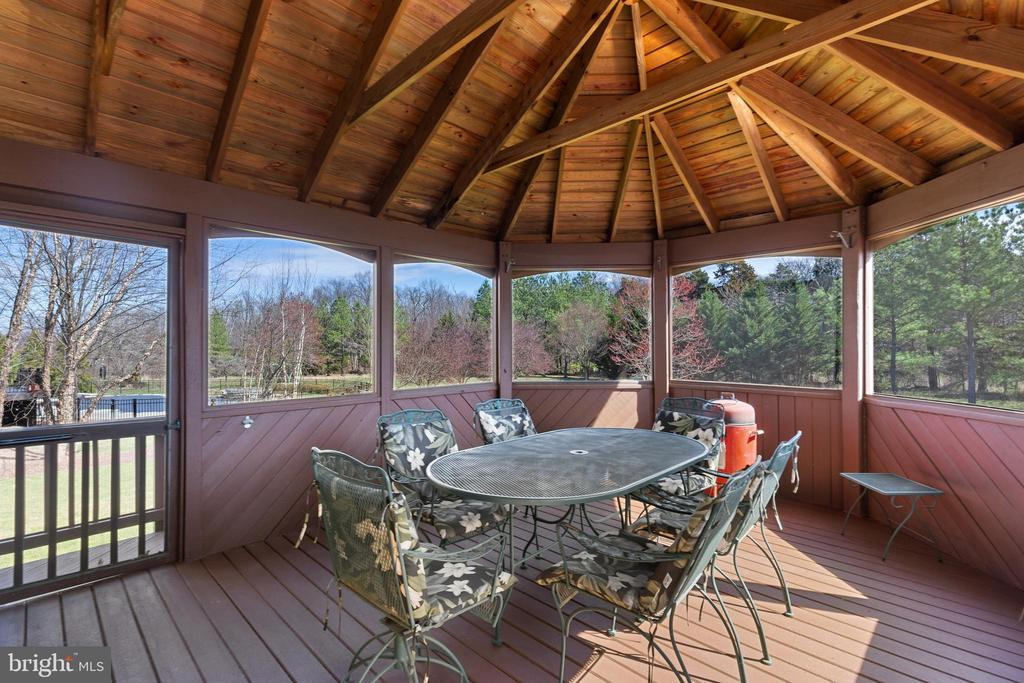 Screened Porch - 21946 HYDE PARK DR, ASHBURN