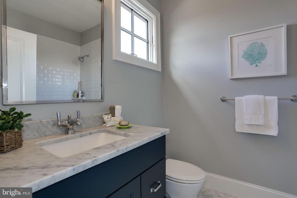 marble topped vanity in 2nd bath - 5010 25TH RD N, ARLINGTON