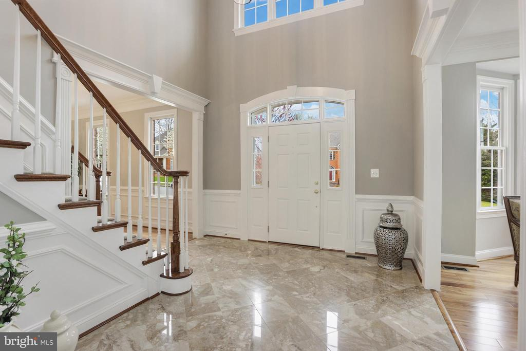 Grand Foyer and Staircase! - 43475 SQUIRREL RIDGE PL, LEESBURG