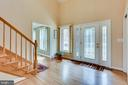 VIEW OF  FRONT ENTRANCE FOYER AND DOOR OPEN AREA - 7365 BEECHWOOD DR, SPRINGFIELD