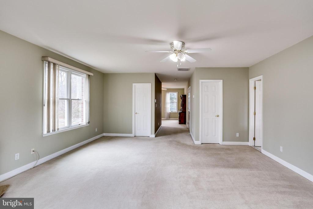 MASTER BEDROOM VIEW FROM REAR WINDOWS - 7365 BEECHWOOD DR, SPRINGFIELD