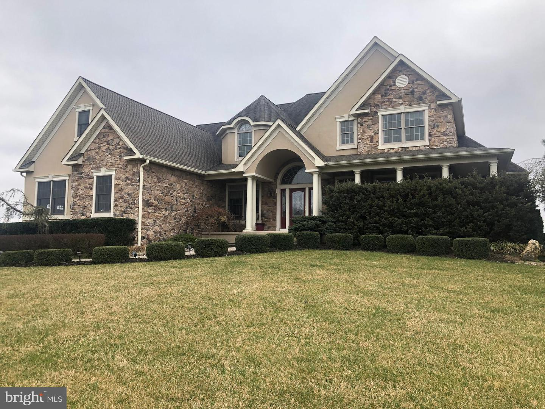 Single Family Homes vì Bán tại Hammonton, New Jersey 08037 Hoa Kỳ