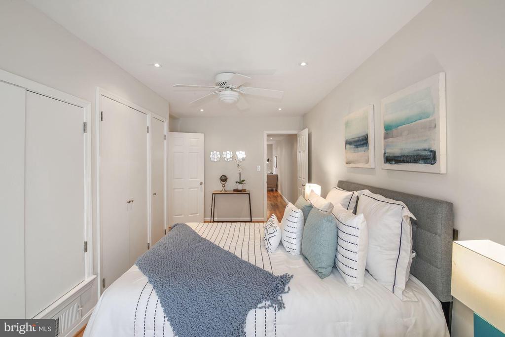 Main level Bedroom - 3747 KANAWHA ST NW, WASHINGTON