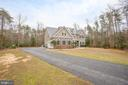 Long driveway for your guests to park - 7911 MADISON PLANTATION WAY, FREDERICKSBURG