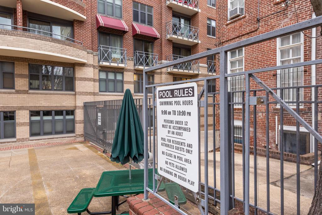 Heated pool opens Memorial Day - 1401 17TH ST NW #604, WASHINGTON