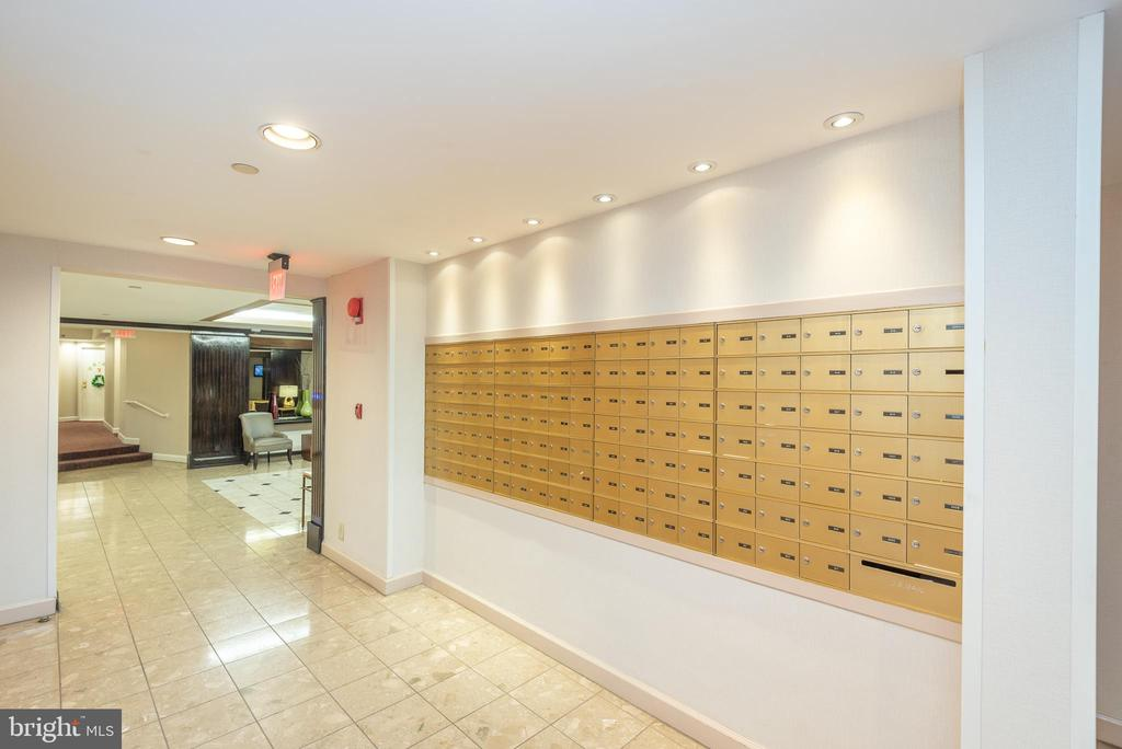 Mail area + packages collected by office manager - 1401 17TH ST NW #604, WASHINGTON