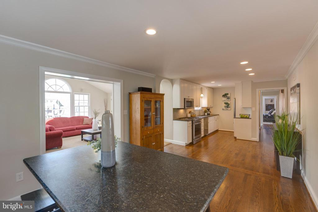 View from casual dining to kitchen - 4635 35TH ST N, ARLINGTON